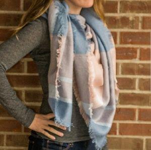SALE🌼Blanket scarf! Pink & blue plaid